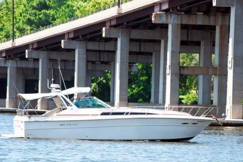 1987 Sea Ray 390 Express